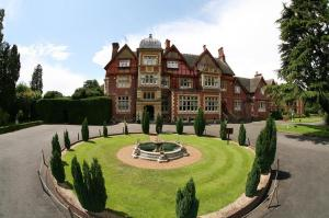 Pendley manor a hotel in tring hertfordshire with - Tring swimming pool opening times ...