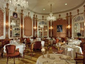 The Restaurant at The Midland - QHotels